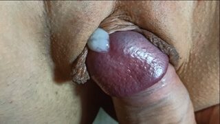 Pussy fuck and Creampie extreme close up!
