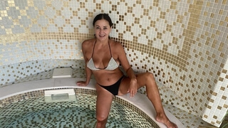 Anal sex with a phat ass MILF on the table after spa procedures